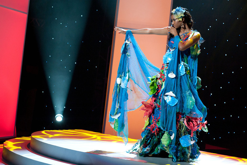 miss angola leila lopes Miss Universe 2011 National Costume