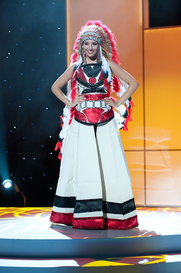 miss canada chelsae durocher Miss Universe 2011 National Costume