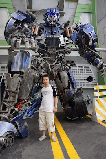 Optimus Prime in Universal Studio