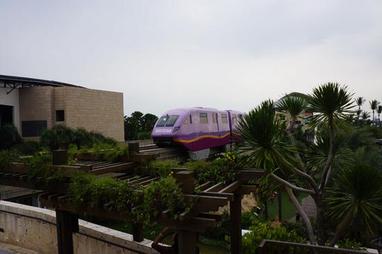 Sentosa Express to Sentosa Island