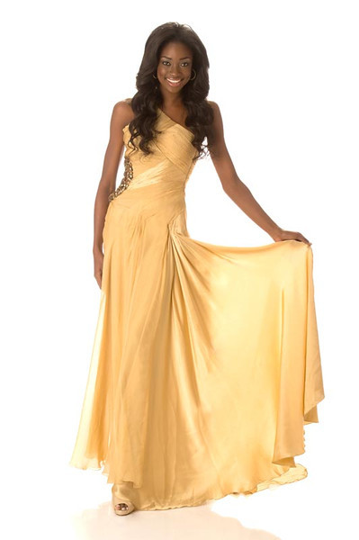 Celeste Marshall – Miss Bahamas Gown
