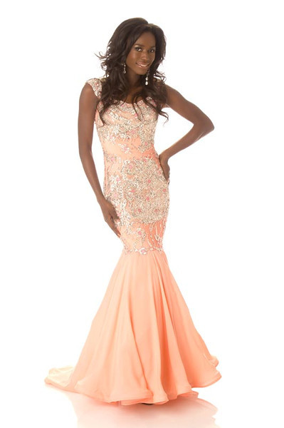 Yamoah Adwoa – Miss Canada Gown