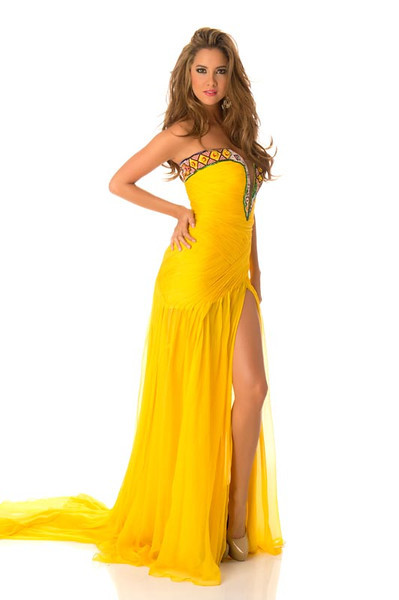Daniella Alvarez Vasquez – Miss Colombia Gown
