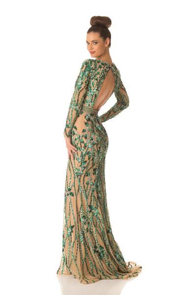Elizabeta Burg – Miss Croatia Gown