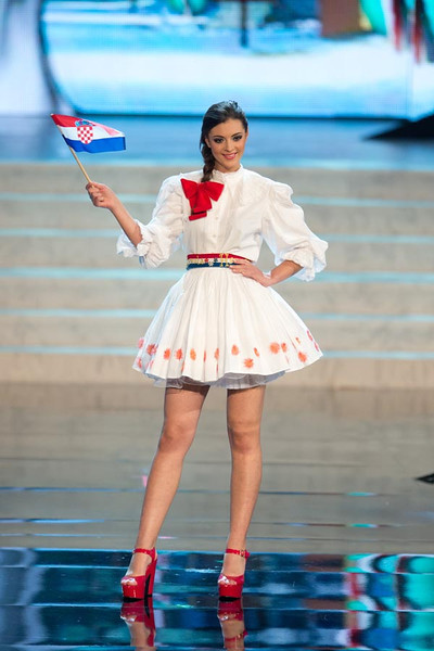 Miss Croatia 2012, Elizabeta Burg