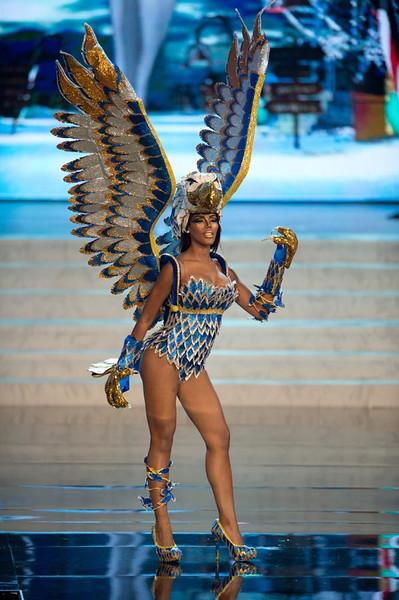 Miss Curacao 2012, Monifa Jansen