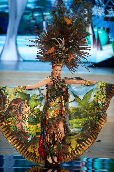 Miss Ecuador 2012, Carolina Andrea Aguirre Perez