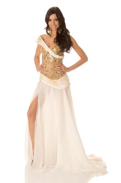 Natalie Korneitsik – Miss Estonia Gown