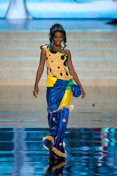 Miss Gabon 2012, Channa Divouvi