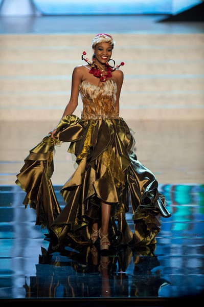 Miss Namibia 2012, Tsakana Nkandih