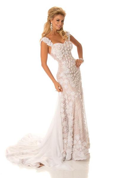 Egni Eckert – Miss Paraguay Gown