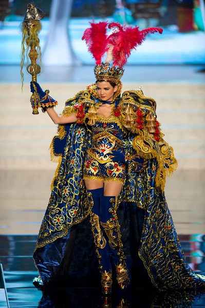 Miss Peru 2012, Nicole Faveron