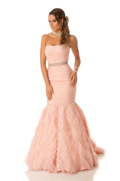 Hanni Beronius – Miss Sweden Gown