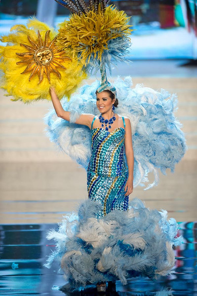 Miss Uruguay 2012, Camila Vezzoso