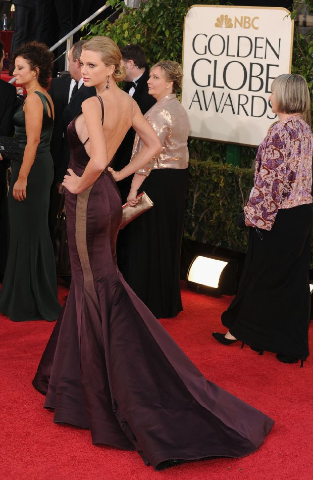 Taylor Swift in Golden Globe 2013