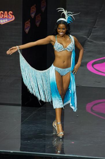 National Costume miss aruba 2013