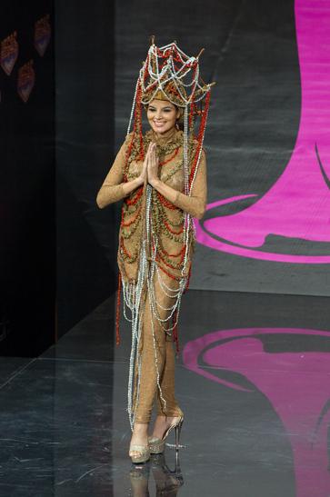National Costume miss el savador 2013