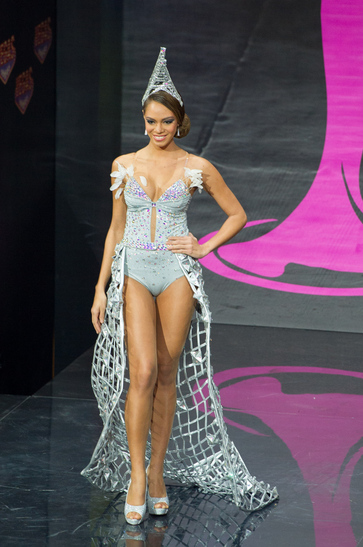 National Costume miss france 2013