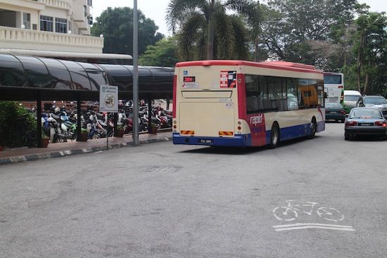 bus 204 di penang hill
