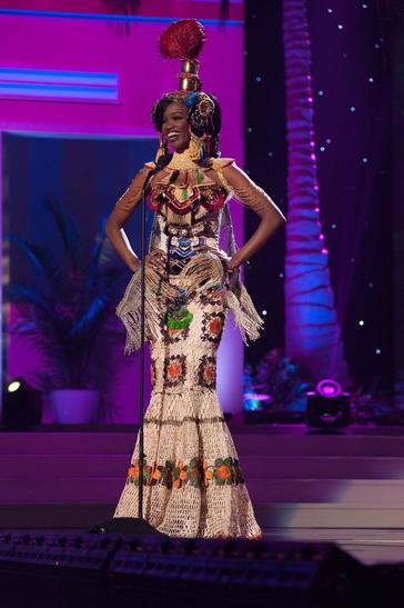 miss-angola-national-costume