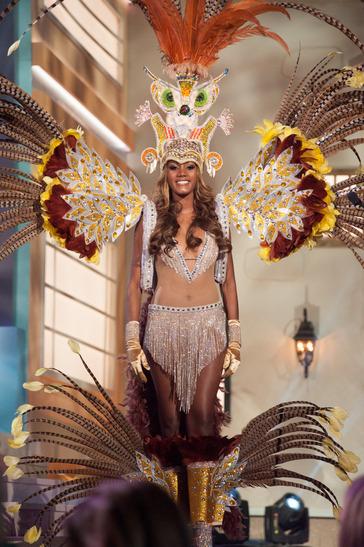 miss-aruba-national-costume