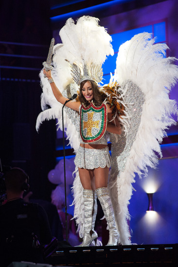 miss-bolivia-national-costume