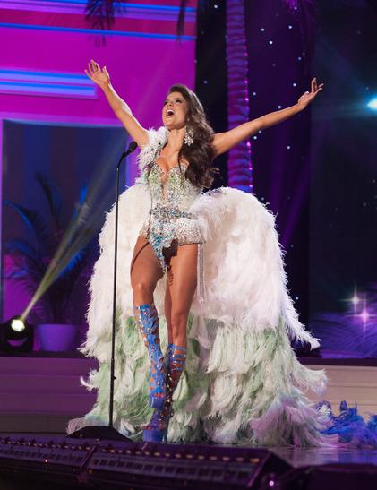 miss-brazil-national-costume