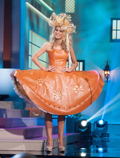 miss-czech-republic-national-costume