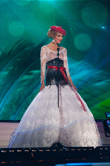 miss-france-national-costume