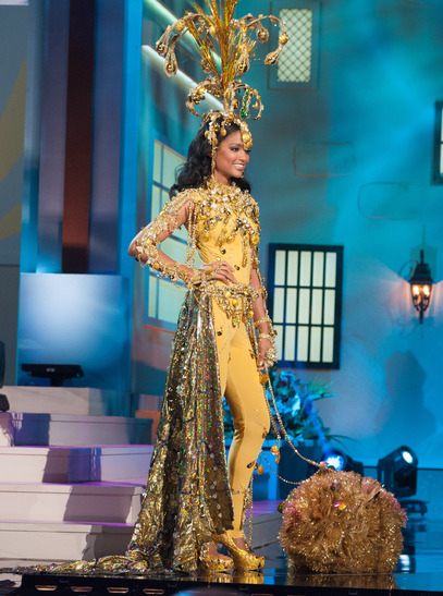 miss-guyana-national-costume