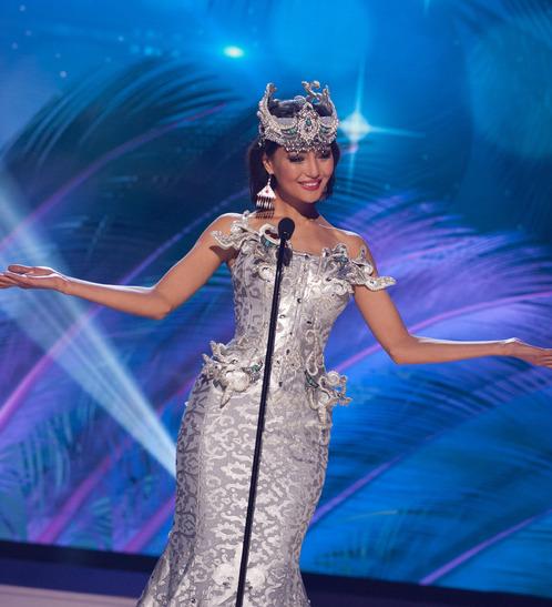 miss-kazakhstan-national-costume