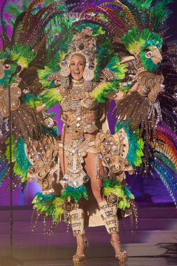miss-nicaragua-national-costume