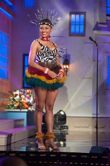 miss-nigeria-national-costume