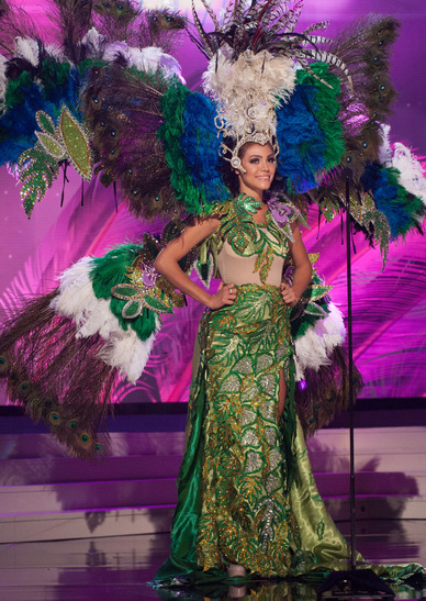 miss-paraguay-national-costume