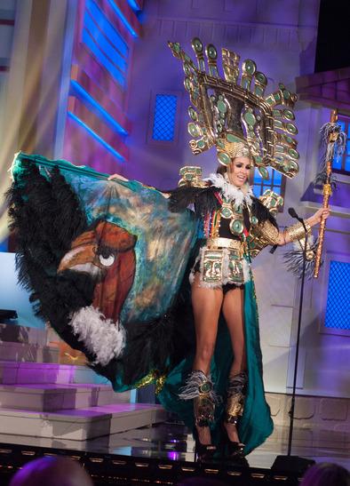 miss-peru-national-costume