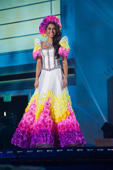 miss-philipines-national-costume