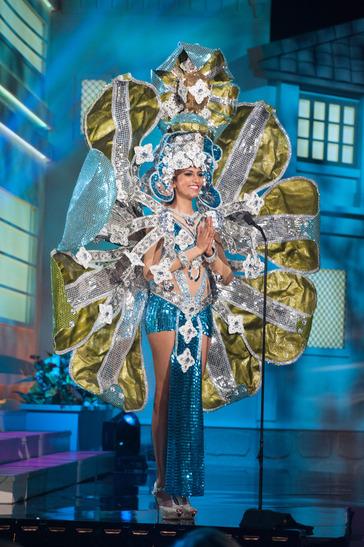 miss-sri-langka-national-costume
