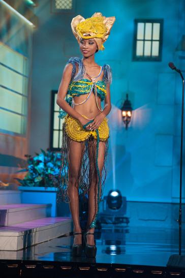 miss-tanzania-national-costume